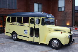 '47 Ford schoolBus